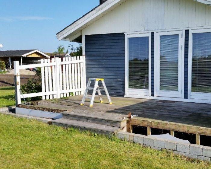 Ombygning af træ terrasse til sommerhus - DK HUSBYG ApS